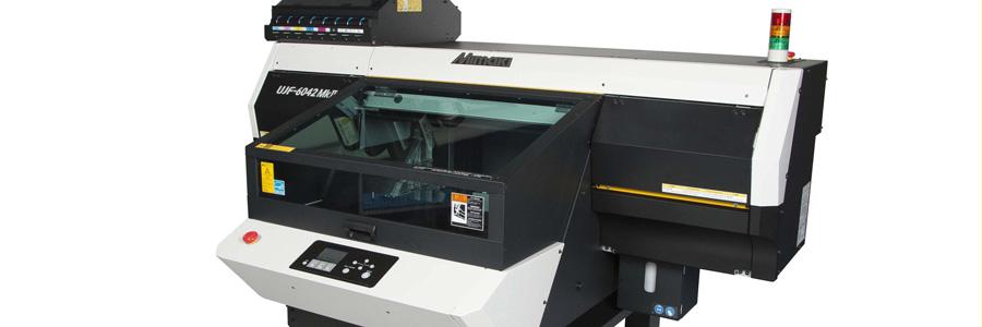 Mimaki presenta a Viscom Paris le stampanti inkjet con inchiostro UV di ultima generazione    Le nuove UJF-3042 MkII & UJF-6042 MkII..